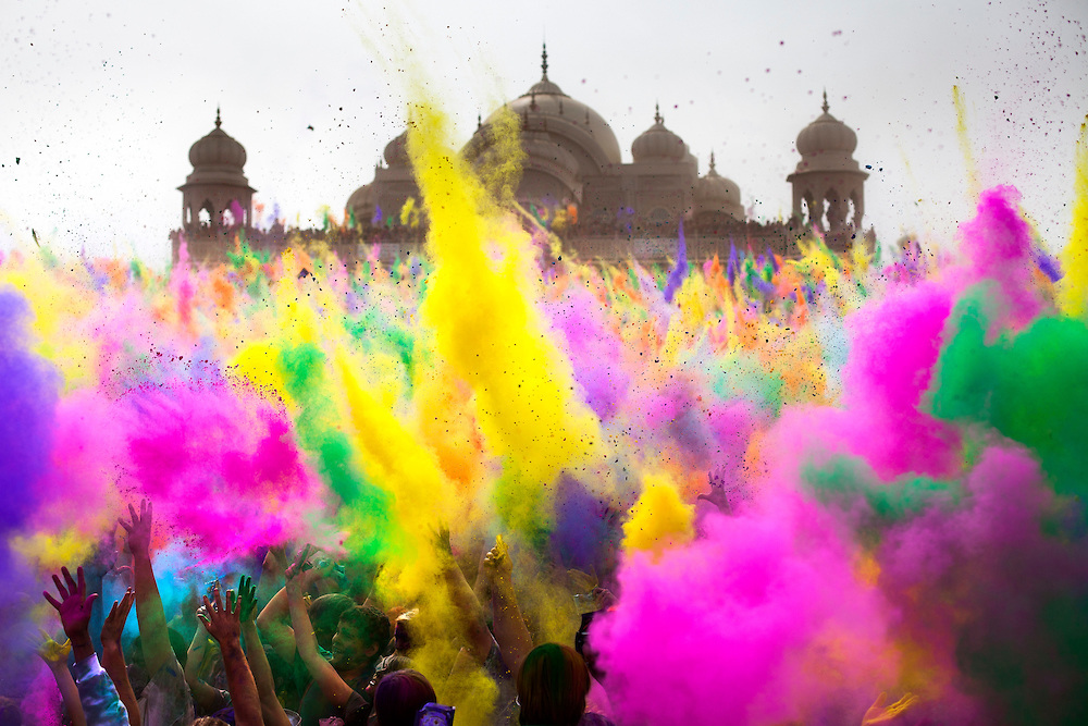 Holi-Powder-5.jpg